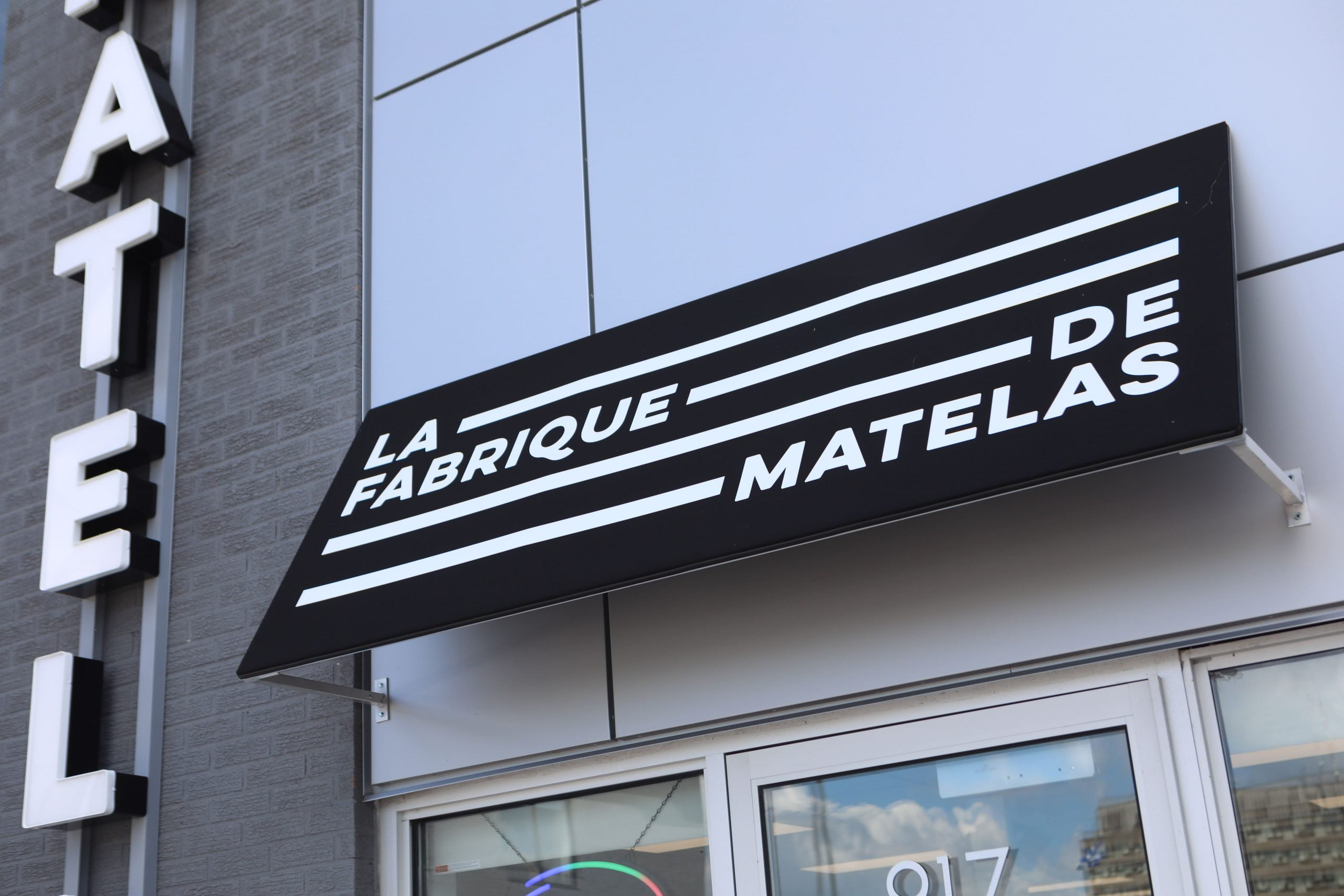 La Fabrique de matelas - Application image de marque - enseigne extérieure